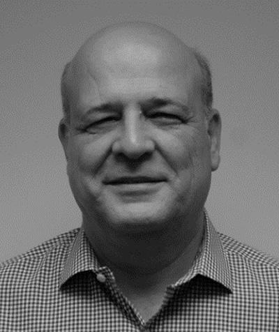 Chet Ozgen. Director